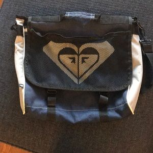 Roxy messenger bag/backpack